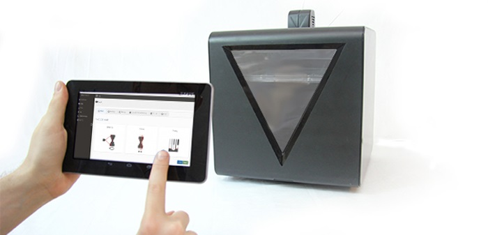 fabtotum-hybrid-3D-printing-3D-scanning-milling-device-12