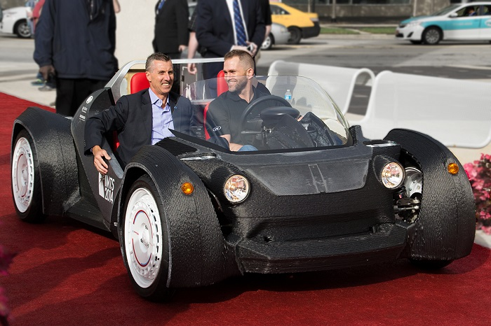 local-motors-3d-printed-Car-at-IMTS-1