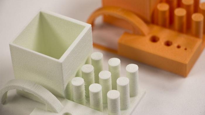 ガラス強化PLAフィラメント エンジニアリングプラスチック