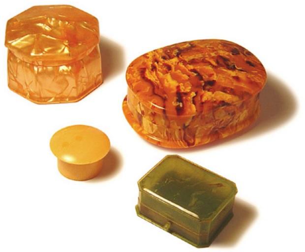 セルロイド 特性 用途 代表的製品 世界初のプラスチック