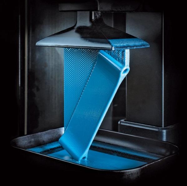 Carbon M1 3Dプリンター 光造形 射出成形