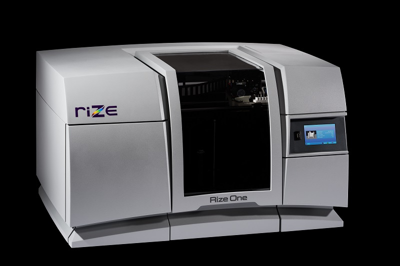 新たにVoxelベースでフルカラー3Dプリントを確率したRizeの3Dプリンター。※画像出処:Rize